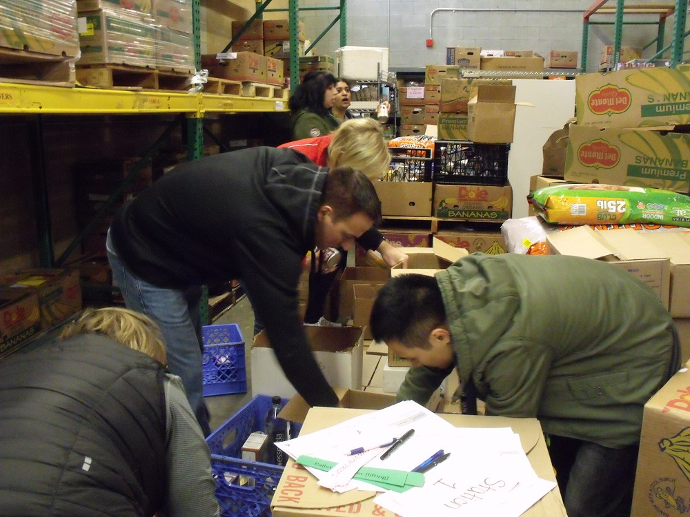BDA at Volunteers of America, food distribution